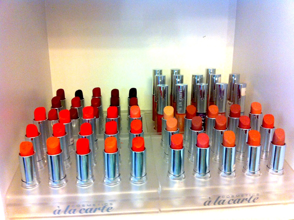 Eine große Farbauswahl bei Cosmetics à La Carte.