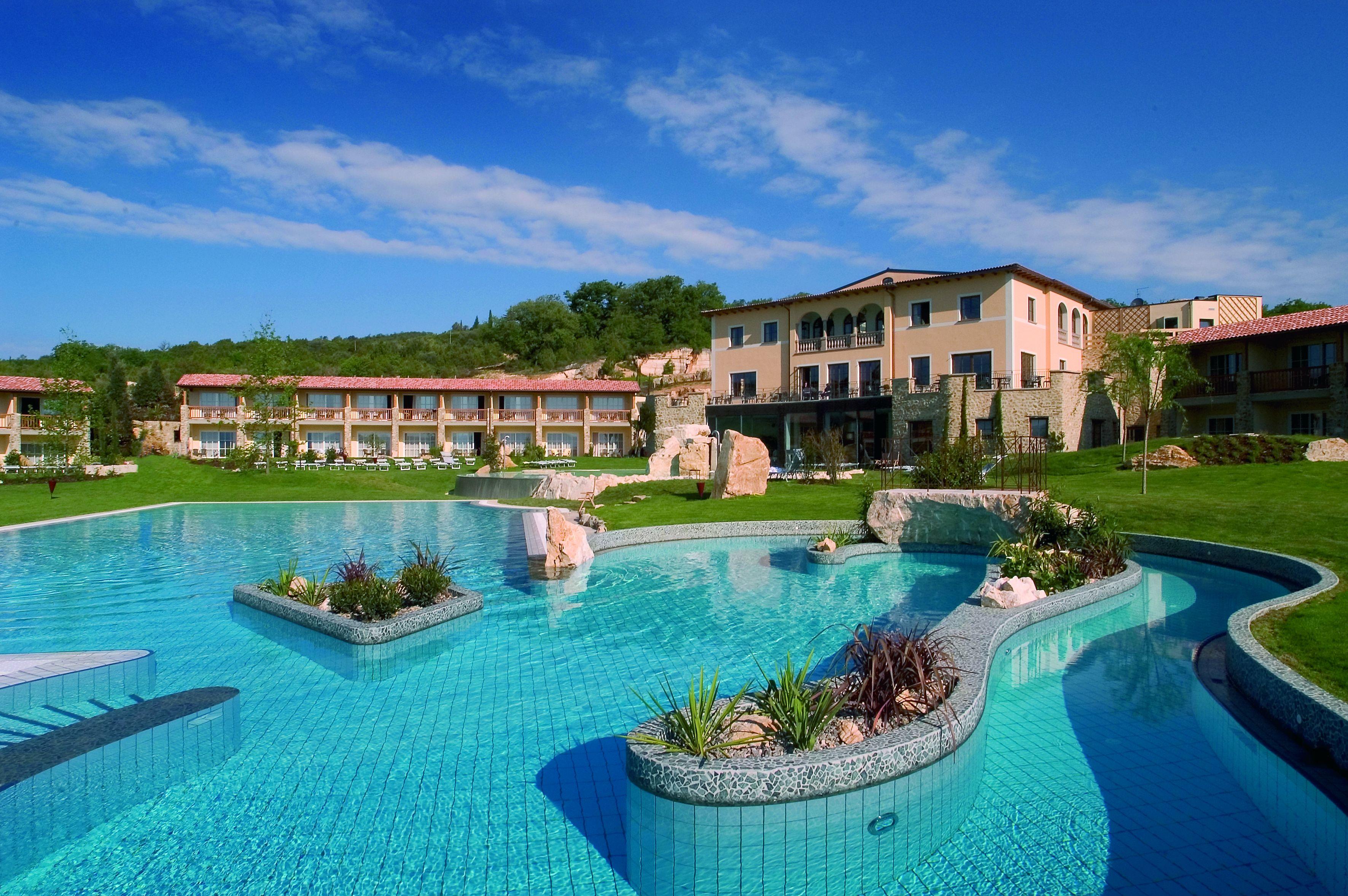 ADLER THERMAE Resort: der Aussen-Pool