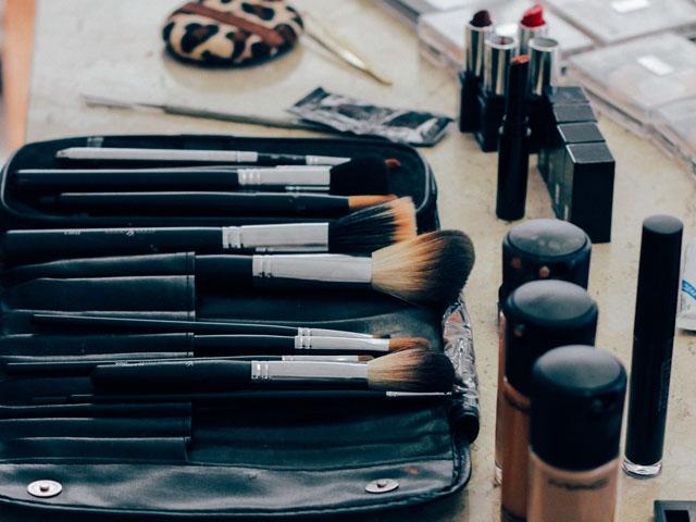 Beauty-Marken-make-up-1209798_1920