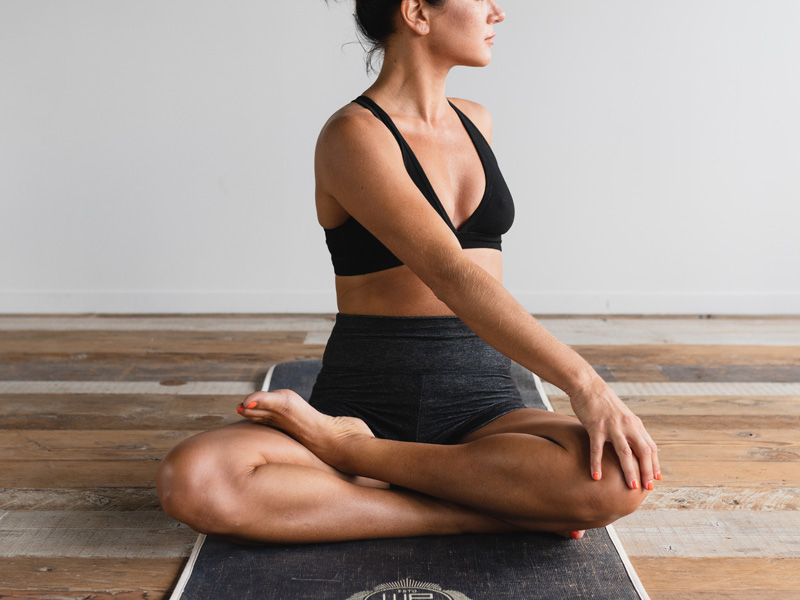 Yoga-fuer-alle-dane-wetton-t1NEMSm1rgI-unsplash